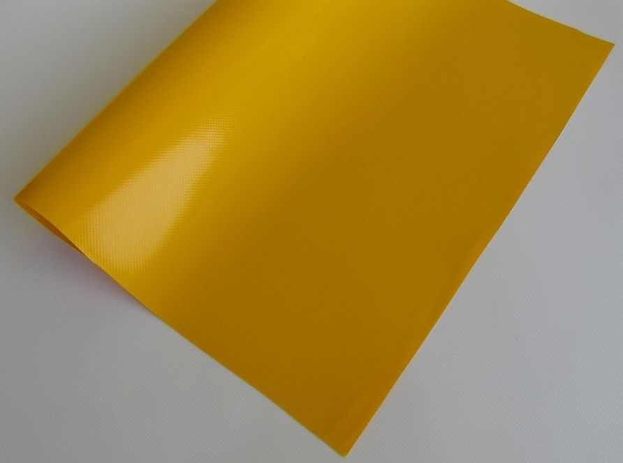 PVC plachtovina žlutá